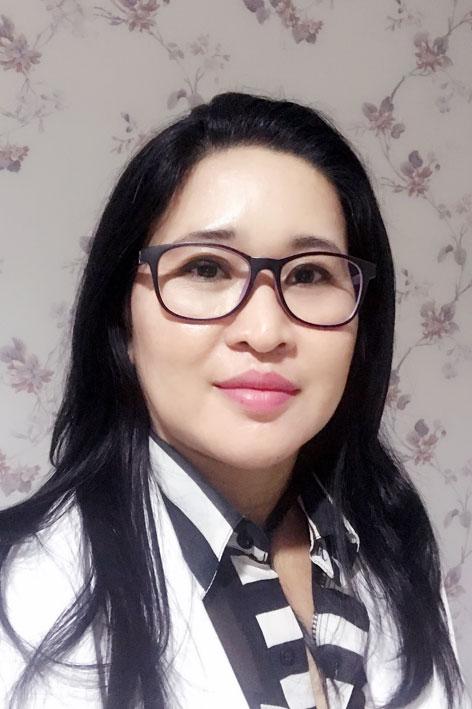 dr. Ni Made Suryanadi, Sp.M